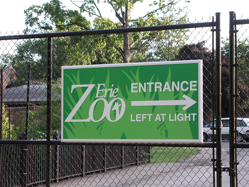 zoo directional sign