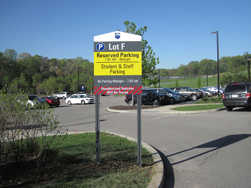 parking lot id sign